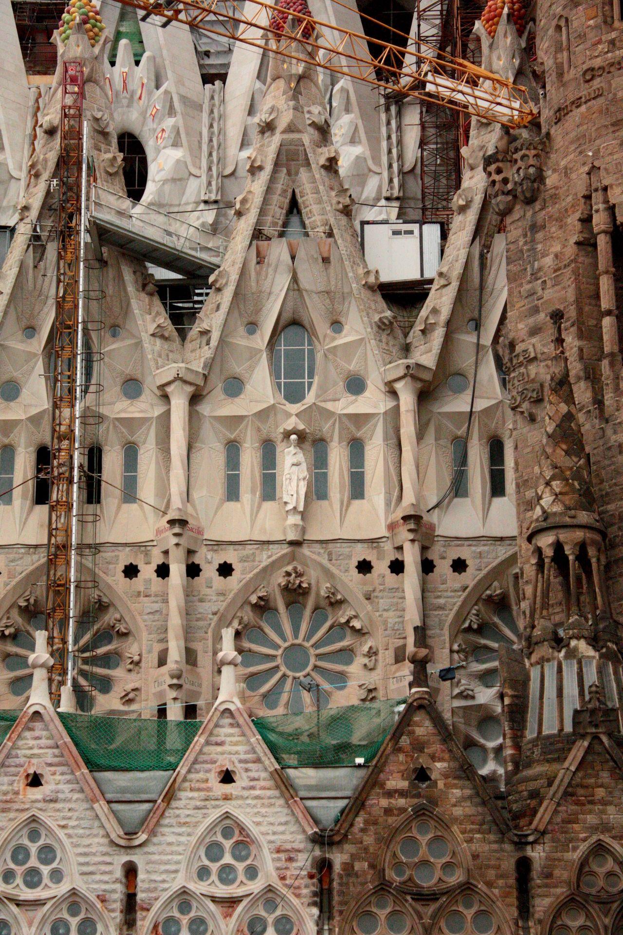 Architectural Detail Architecture Architecture Astronomical Clock Astronomy Barcelona Barcelona, Spain Building Exterior Building Site Built Structure Clock Clock Tower Construction Construction Work Day No People Outdoors Sagrada Familia Sky Time