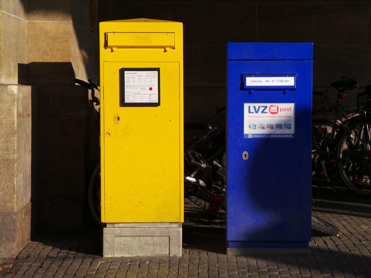 Blau Blue Briefkasten Communication Gelb Kommunikation Letter Box Letterbox Mail Box Mailbox Postbox Postkasten Yellow