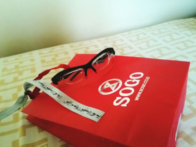 Take off position and ready to FLY! Pilotglasses PilotsLife Sunglasses Fendi Sogo Red