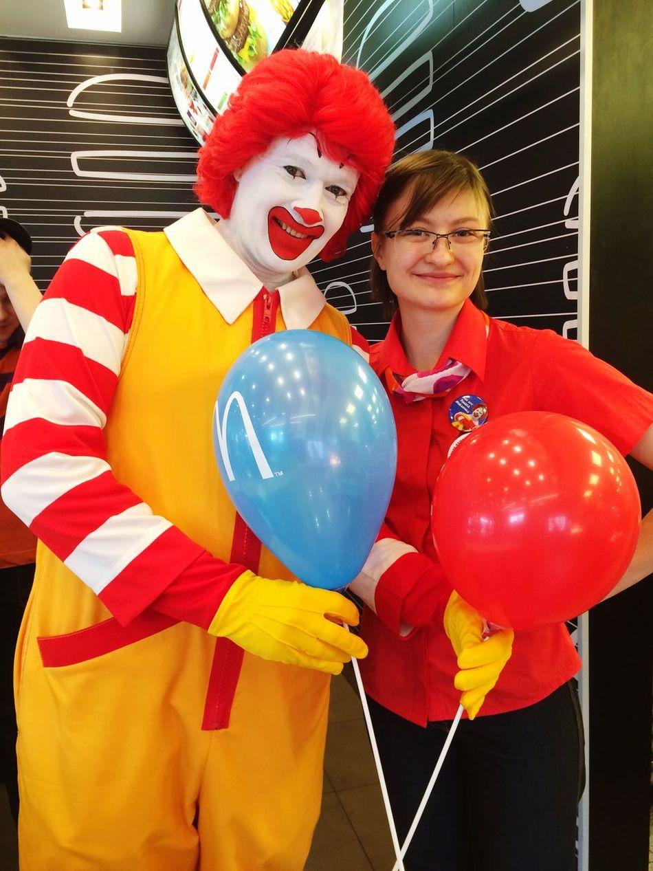 Mcdonalds RonaldMcDonald Happy Time Ekaterinburg Космонавтов Work Time Hostess