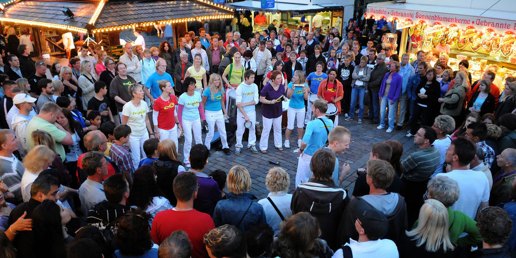 Audience City Holstenköste Large Group Of People Music Brings Us Together Musician Outdoors Stadtfest Togetherness