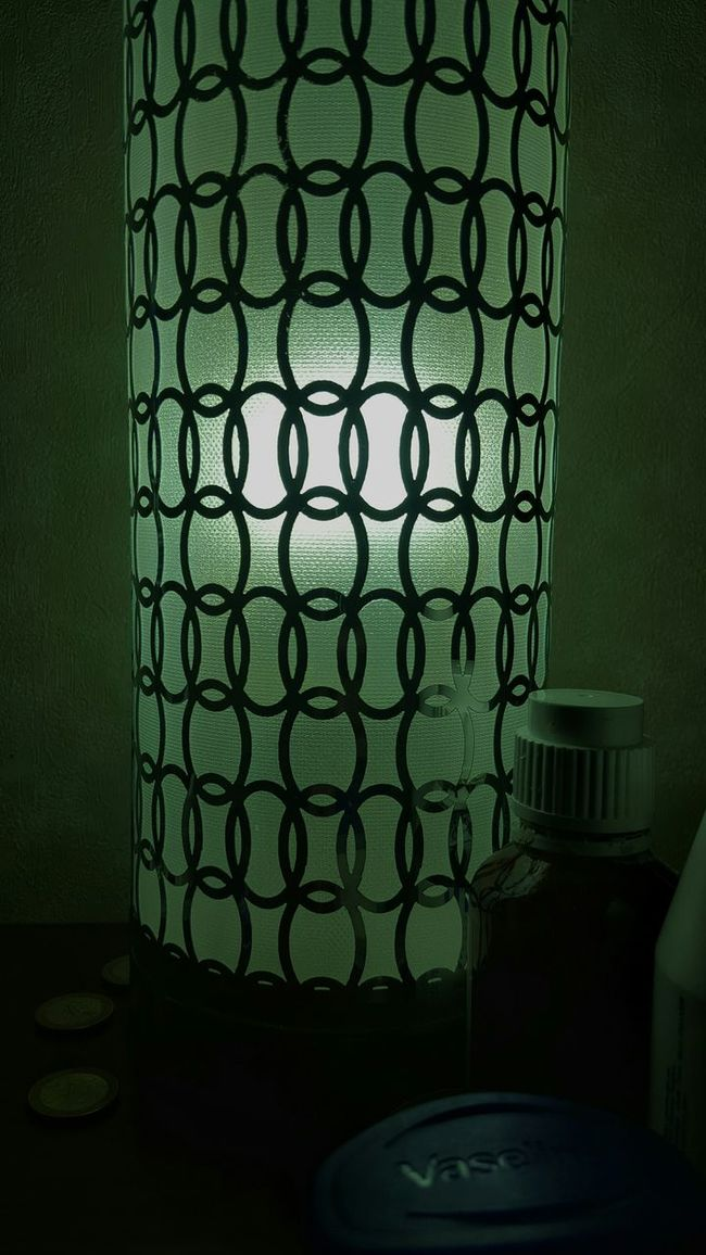 Mi lampara... green start ilumina my wake up... Mobile Photography Awards 2012 Cinematography Relaxing