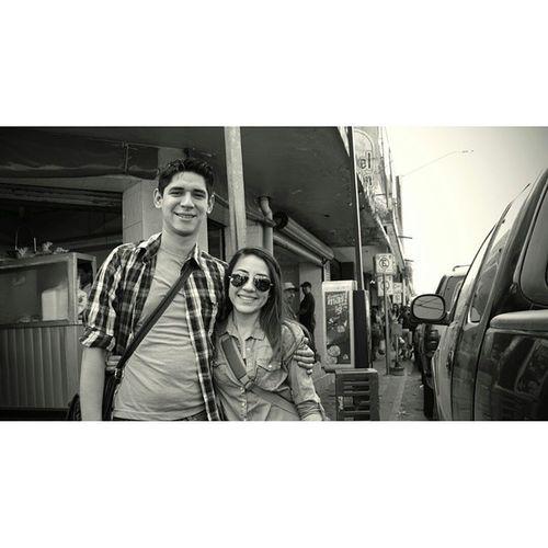 Qué raro ¿verdad? que dos personas tan diferentes puedan hacerse tan felices. Charlesbukowski ☺ Love Monterrey