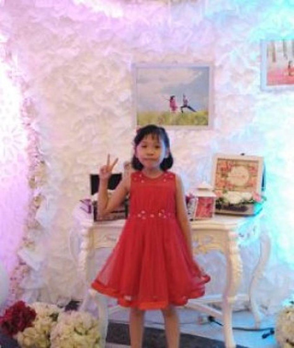 Selfie at wedding partyRegale
