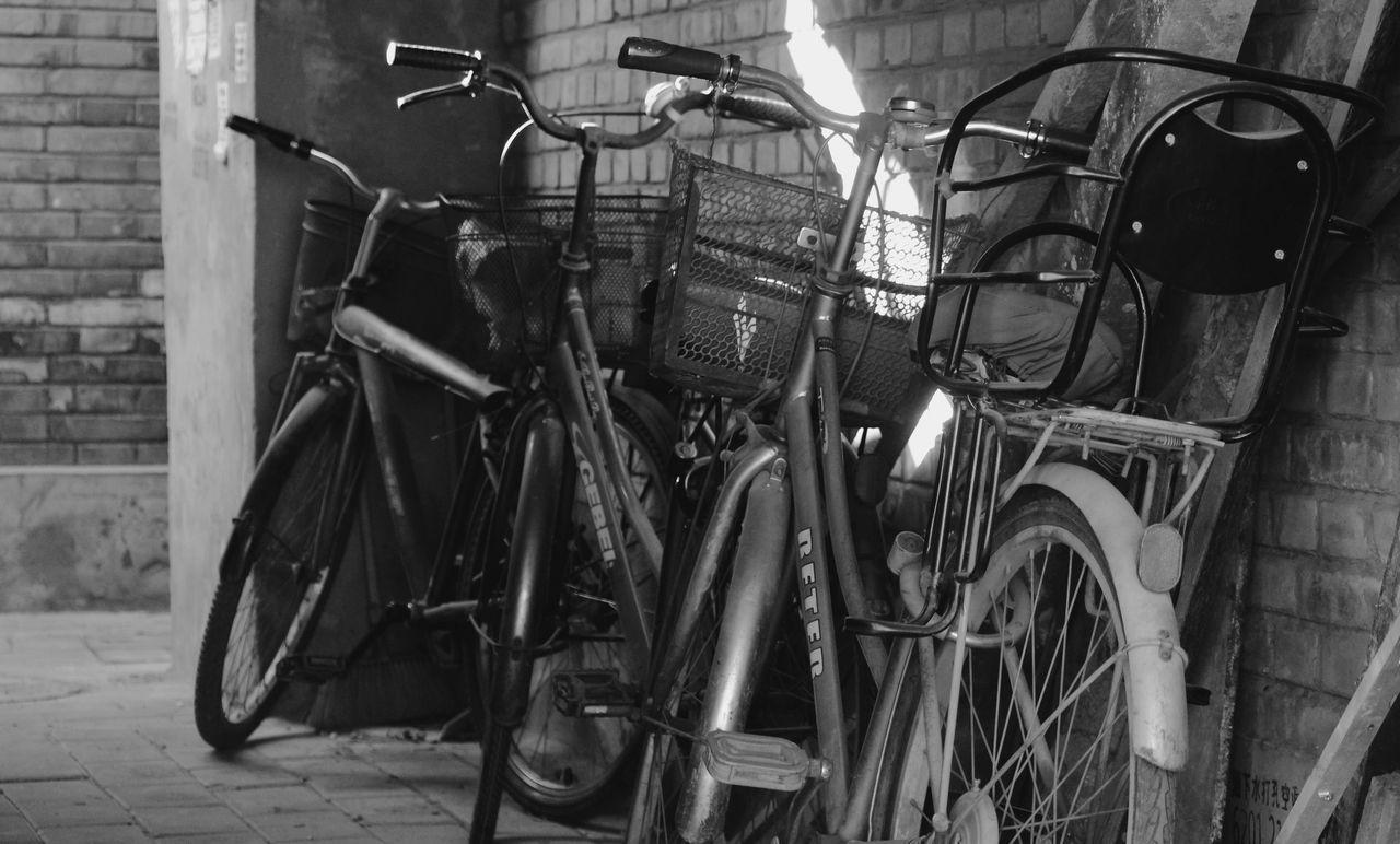 Abandoned Bicycle Bike Black And White Blackandwhite Land Vehicle Obsolete Old-fashioned Parked Transportation Wall Wheel Old Fashion Style Showcase: February