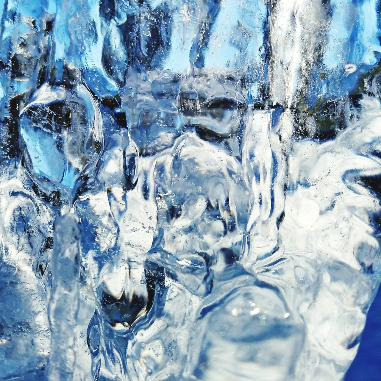 Backgrounds Abstract Close-up Blue Textured  Reflection Shiny No People Ice Cold Temperature Water Nature Check This Out Eye4photography  Ice Crystal Winter Darryn Doyle Beauty In Nature Shiny Frozen Motion Icicles Textured  Background Textured