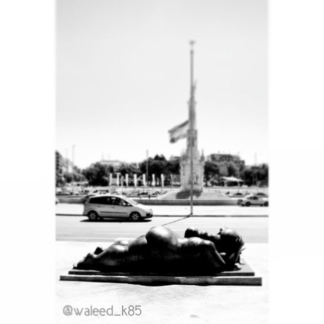 Statue at the Plazacolon Plaza_colón . Madrid Spain españa. Taken by my sonyalpha dslr a200. Taken in my 2010 summer trip مدريد اسبانيا تمثال