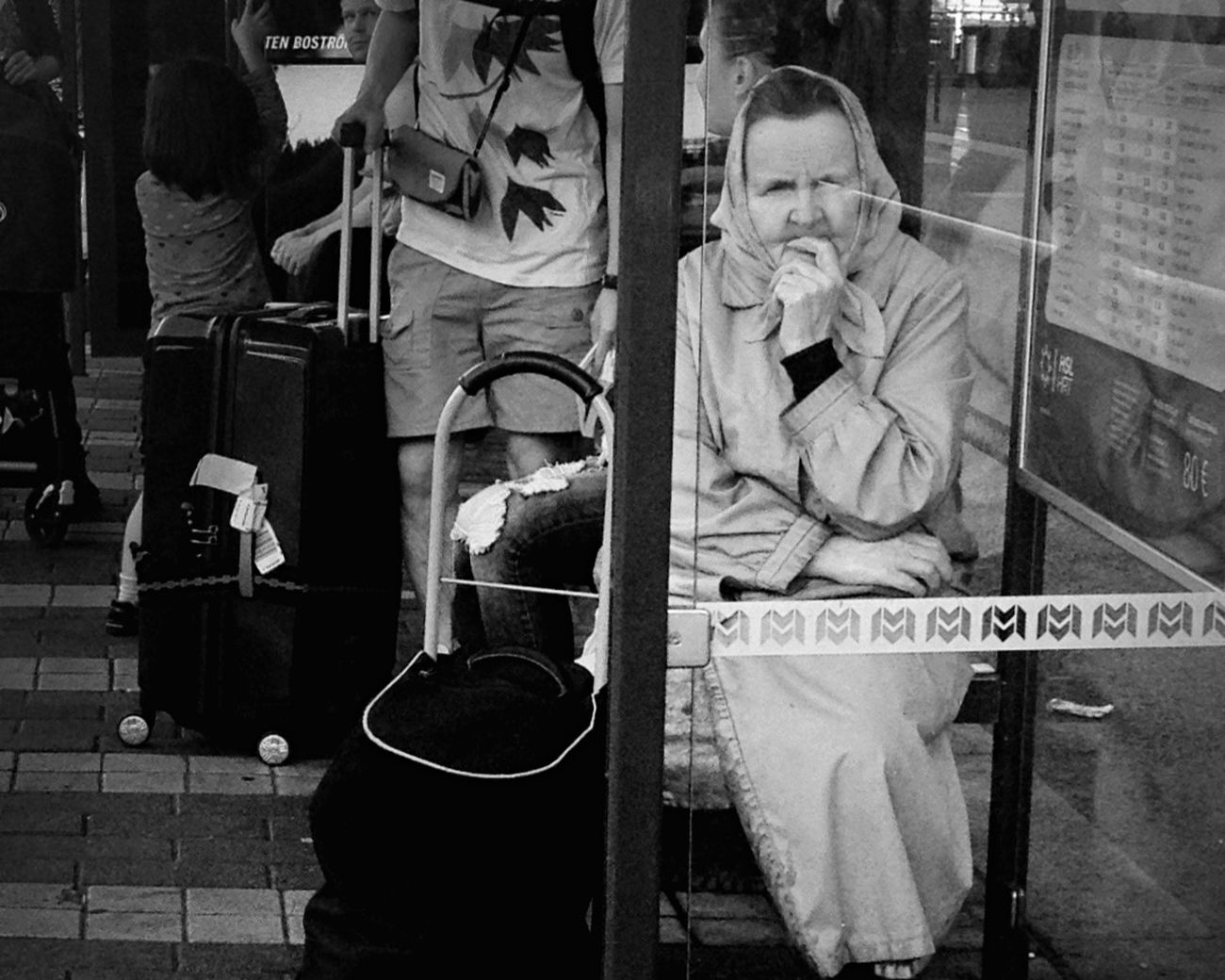Stolen thought. Streetphotography AMPt_community Blancoynegro Urban Encounters Helsinki Blackandwhite