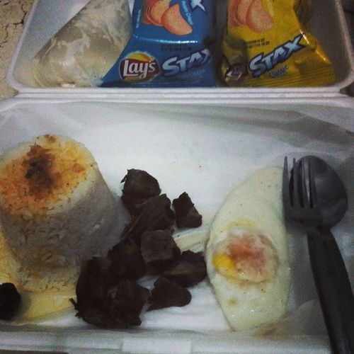 """breakfast @ 5! √ it is that moment that you come home from the hustle that makes you enjoy.. BREAKFAZT! """"Tapsilog"""" Breakfast Walanaakongboses Callingitanight Enjoyedtheevening"""