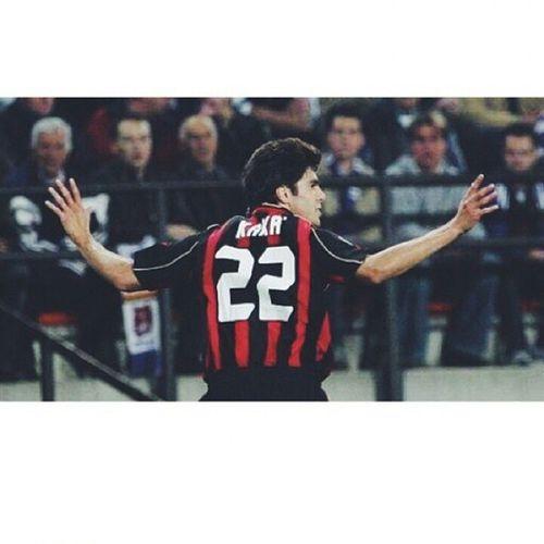 لكبيده ♡♥ . Ricardo_kaka Kaká Ac_milan Brazil2014 brazil