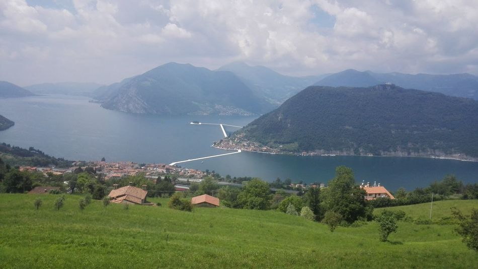 Pivotal Ideas Iseo Lake Lago D'Iseo The Floating Piers Christo Eyeemphoto Beautiful View