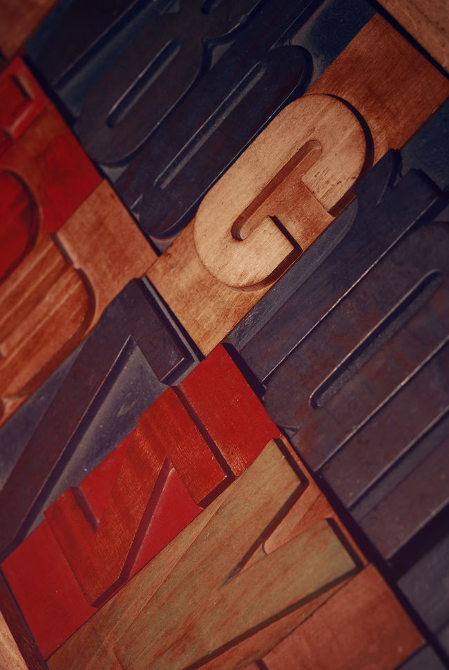 old wooden letters für Printing Close-up Colors Full Frame High Angle View Indoors  Industrial Letters Art Part Of Printing Printing Letters Printmaking Red Retro Typo Typography Vintage Wood - Material Wooden Wooden Letters