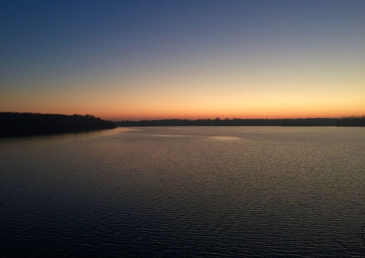 Fall Sunset Distant Horizon Over Water Iphone 6 IPhoneography Iphoneonly Lake Lake View Majestic Sunset Water