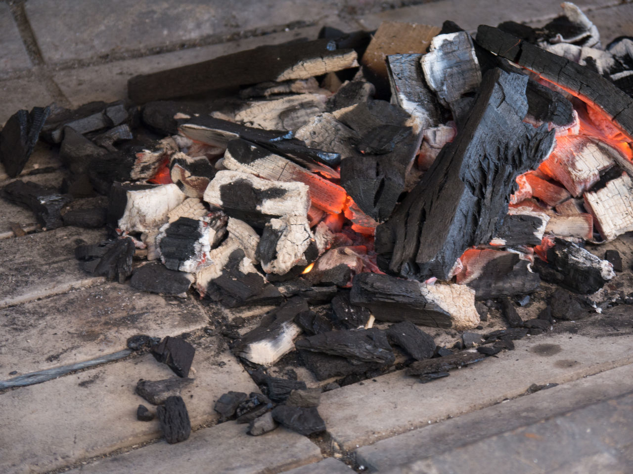 Ashes Barbeque Black Charcoal Charcoal Fire Fire Food Preparation Grill Smoldering