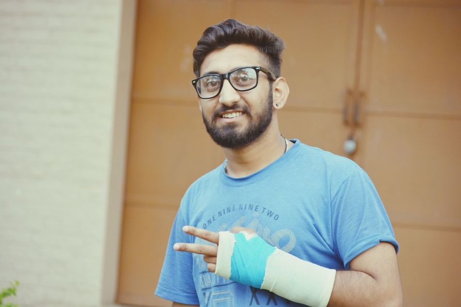 Eyeglasses  One Man Only Only Men Adult Adults Only Men Portrait One Person People Confidence  Protective Glove Beard Candid Indoors  Healthcare And Medicine Standing Plaster On Hand Still Shooting Passion Photographer Photogenic  Stay Strong Stay Happy ✌❤