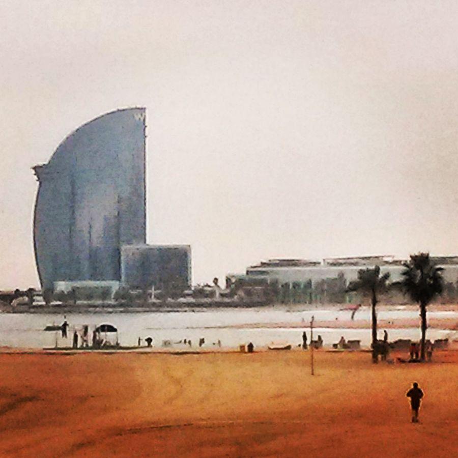 Bon dia Barcelona!!! Urban Oasis Life Is A Beach Barcelona♡♥♡♥♡ Thebcnpost