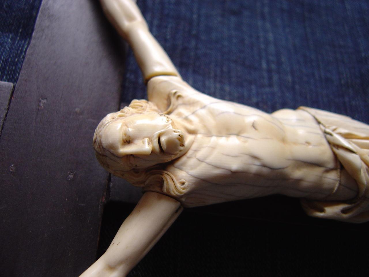 Close up of an antique crucifix, impressive sculpture Antiques Arms Art And Craft Christ Close-up Collector Cross Crucifix Face Faith HEAD Human Body Part Indoors  Ivory Jesus Jesus Christ Male Man Mouth Religion Religious  Religious Art Sculpted Sculpture Torso