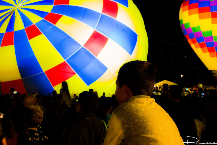 Balloonapalooza Tour Balloonapalooza Balloons Canon Canonphotography Crowd Event Holding Hot Air Balloon Large Group Of People Men Multi Colored Night Outdoors Person Photos
