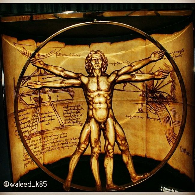 Leonardodavinci Vitruvianman Vitruvian Man . wax statue at museoDeCeraMadrid museoDeCera Madrid Spain españa. Taken by my sonyalpha dslr a200. Taken in my 2010 summer trip مدريد اسبانيا تمثال شمع متحف