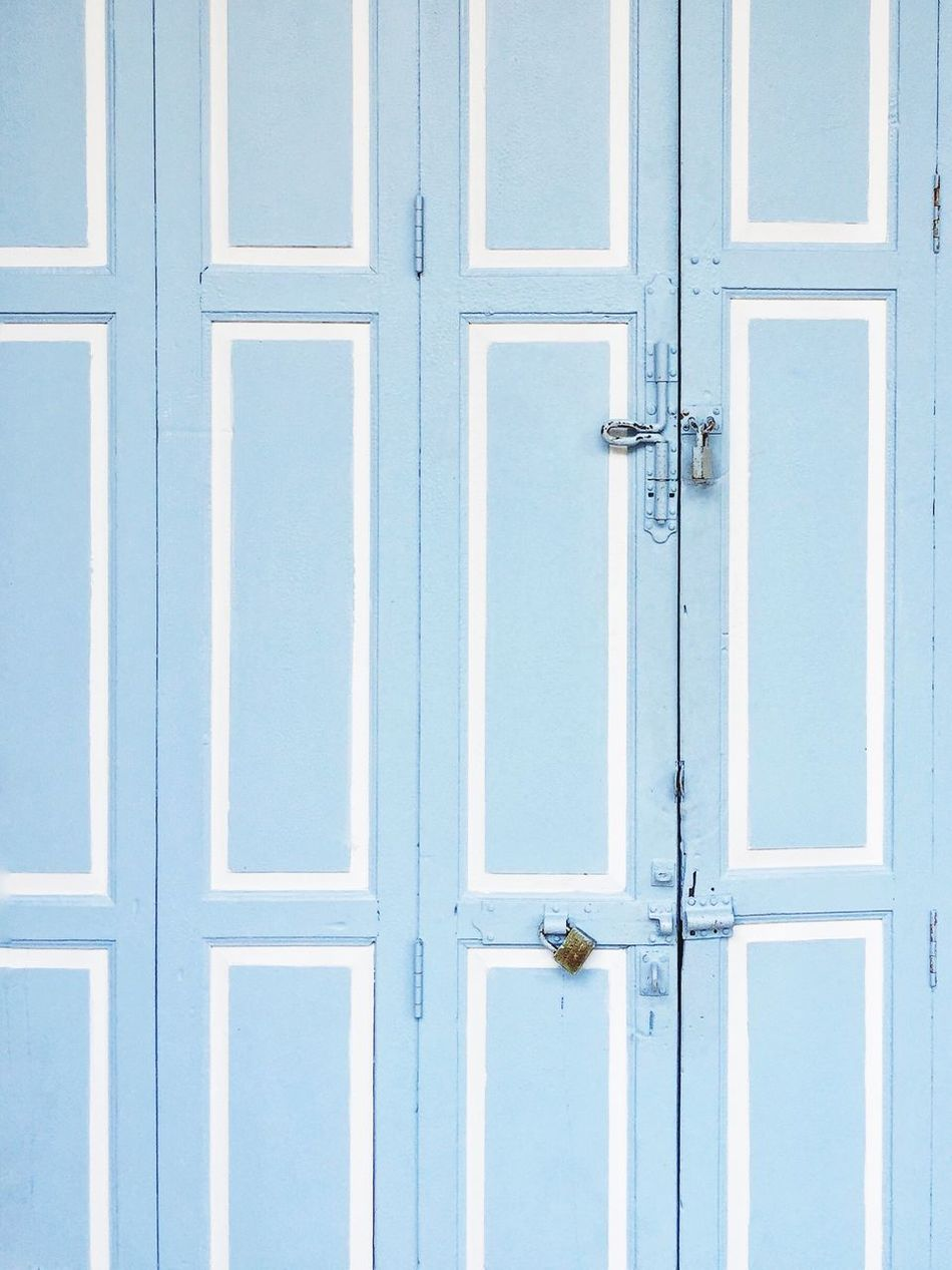 Door Wood - Material Day Front Door No People Close-up Outdoors Pastel Colors Old Town Old House Painting Closeddoorsphotography Iphonephotography Minimalism