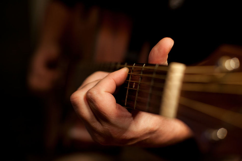 Adult Arts Culture And Entertainment Classical Guitar Close-up Fretboard Guitar Guitarist Human Body Part Human Hand Leisure Activity Lieblingsteil Men Music Musical Instrument Musical Instrument String Musician One Man Only One Person Only Men People Playing Plucking An Instrument Skill  String Instrument