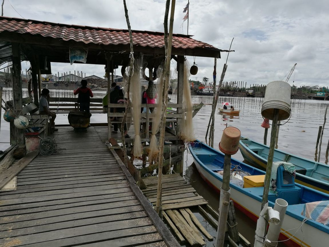 By the riverside People River Hanging Out Outdoors Nautical Vessel Sky Water Sampans Boats The Great Outdoors The Street Photographer Outdoors Photography