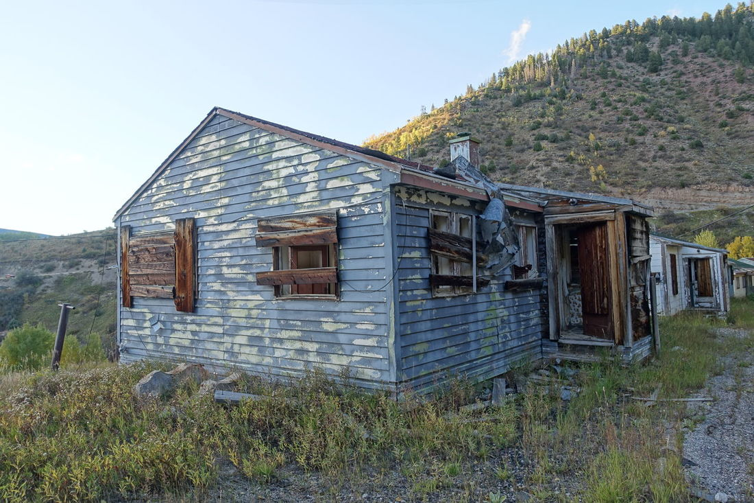 Abandoned and boarded up house in Gilman, Colorado Abandoned Abandoned & Derelict Abandoned Building Abandoned Home Abandoned House Abandoned Places Abandoned Structure Boarded Up Colorado Creepy Decay Deserted Deterioration Ghost Town Gilman Gilman Colorado House Mining Town No People Ruined Ruins Rurex Urban Exploration Urbex Urbexphotography