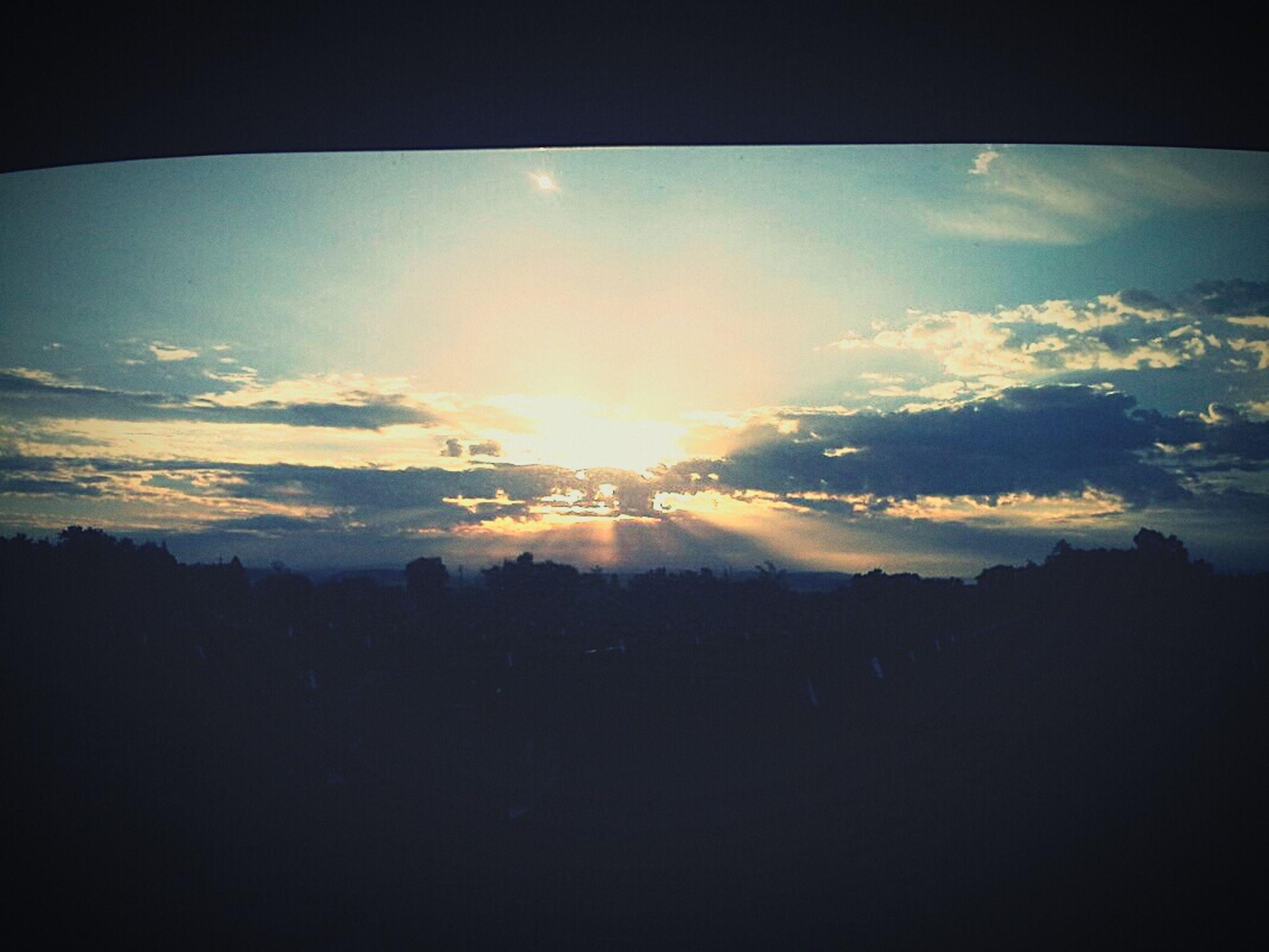 silhouette, scenics, sky, tranquil scene, beauty in nature, tranquility, sun, landscape, mountain, sunset, nature, cloud - sky, sunlight, sunbeam, cloud, idyllic, mountain range, dark, no people, majestic