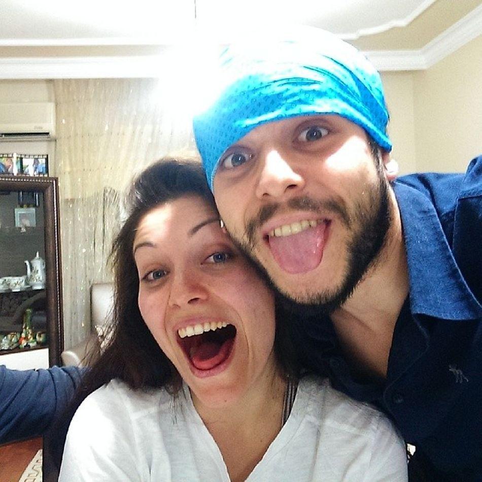 Yenge Can Rak ı Vodkal ı saçmalıozişte hunharca fütursuzca selfie