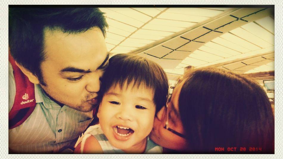 Love of my life... Thatbigsmile Kisses uncondinalLove