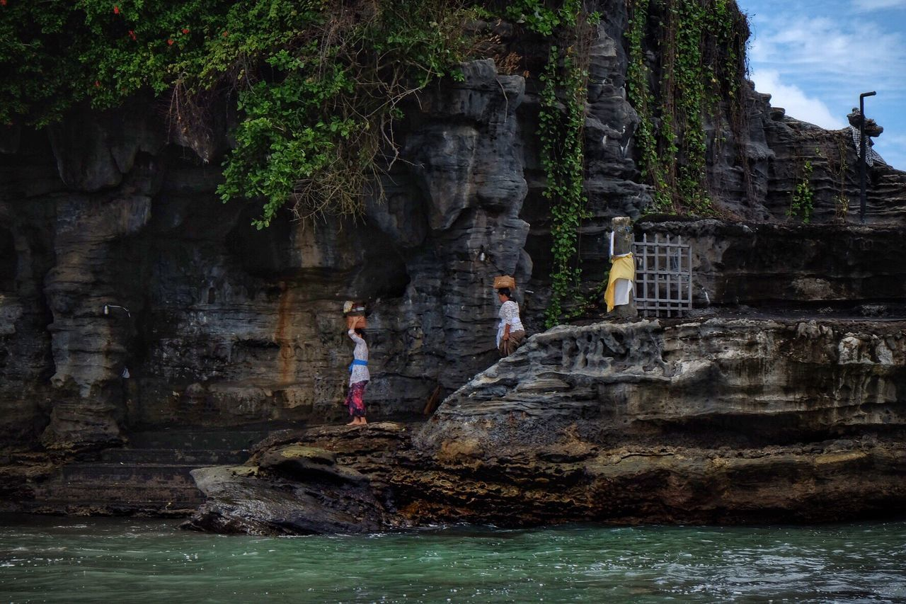 Travel Photography Bali INDONESIA Indonesia_photography Water Rock - Object Young Women Outdoors Culture Traditional Clothing People Adult Ladies Tanah Lot Capture The Moment Women Walking Snap a Stranger