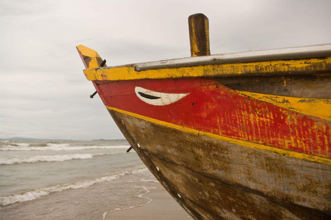 Leben vom Meer Auge Boat Boot Glaube Holz Holzboot Mee Ocean Ozean