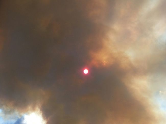 Sun Eclipse Forest Fire Hurry Drive Fast... Frightening Summer2014 Okanaganvalley Wildfires Smoke Darkness