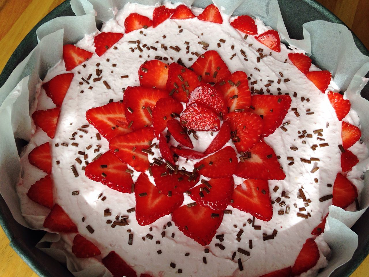 Strawberry Cake Homemade Cooking At Home Spring Flavours Spring Fruit Strawberries Cheescake Homemade Food