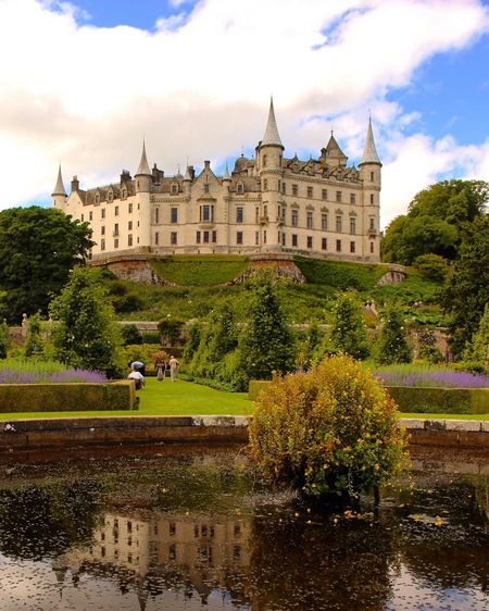 Dunrobin Castle, where me and my fiancé got engaged! Highlands Scotland Golspie DunrobinCastle VisitScotland Fountain Gardens Castle Sutherland United Kingdom Château