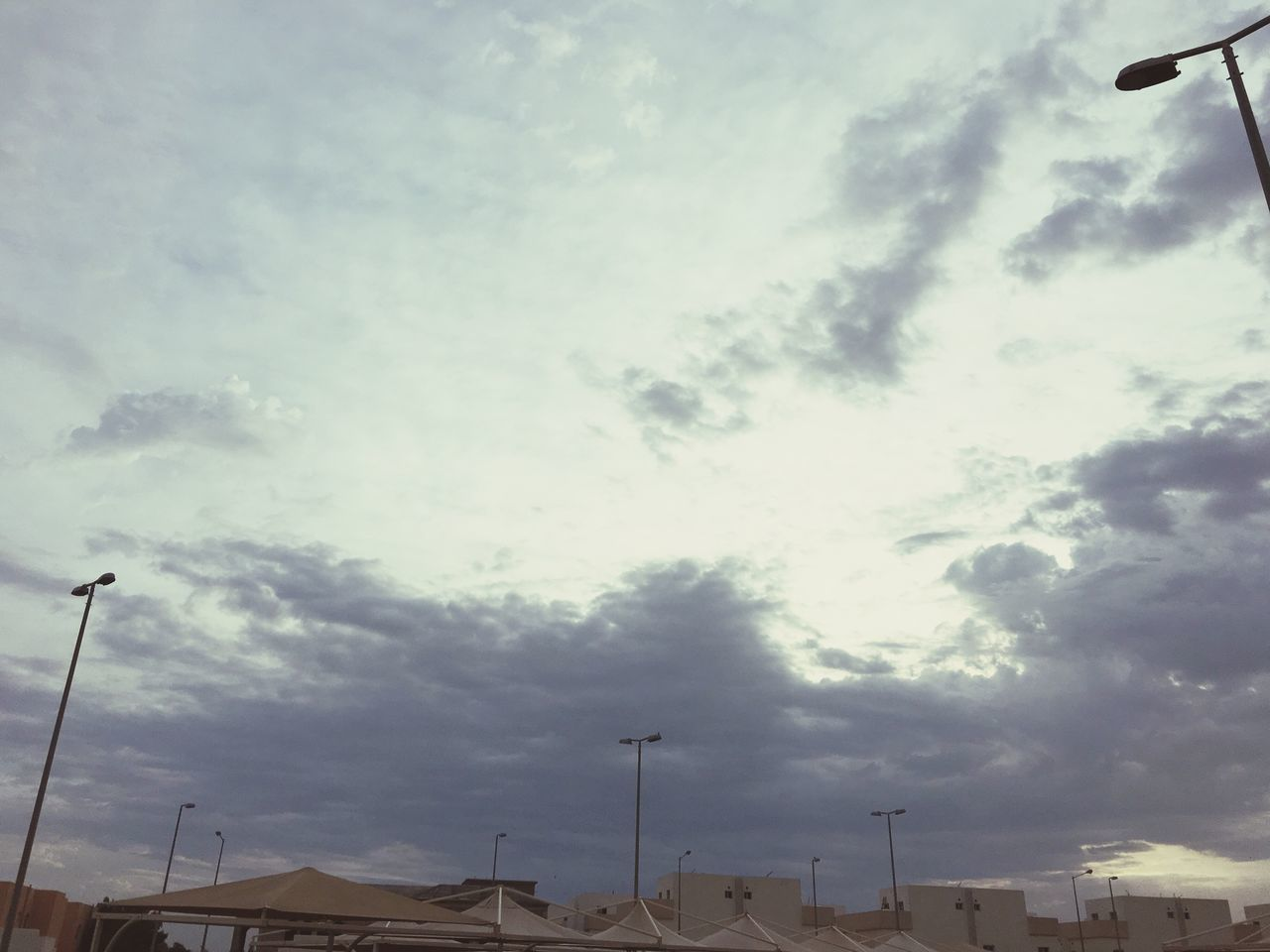 Cloudy weather Weather Qatar Clouds And Sky Qatar