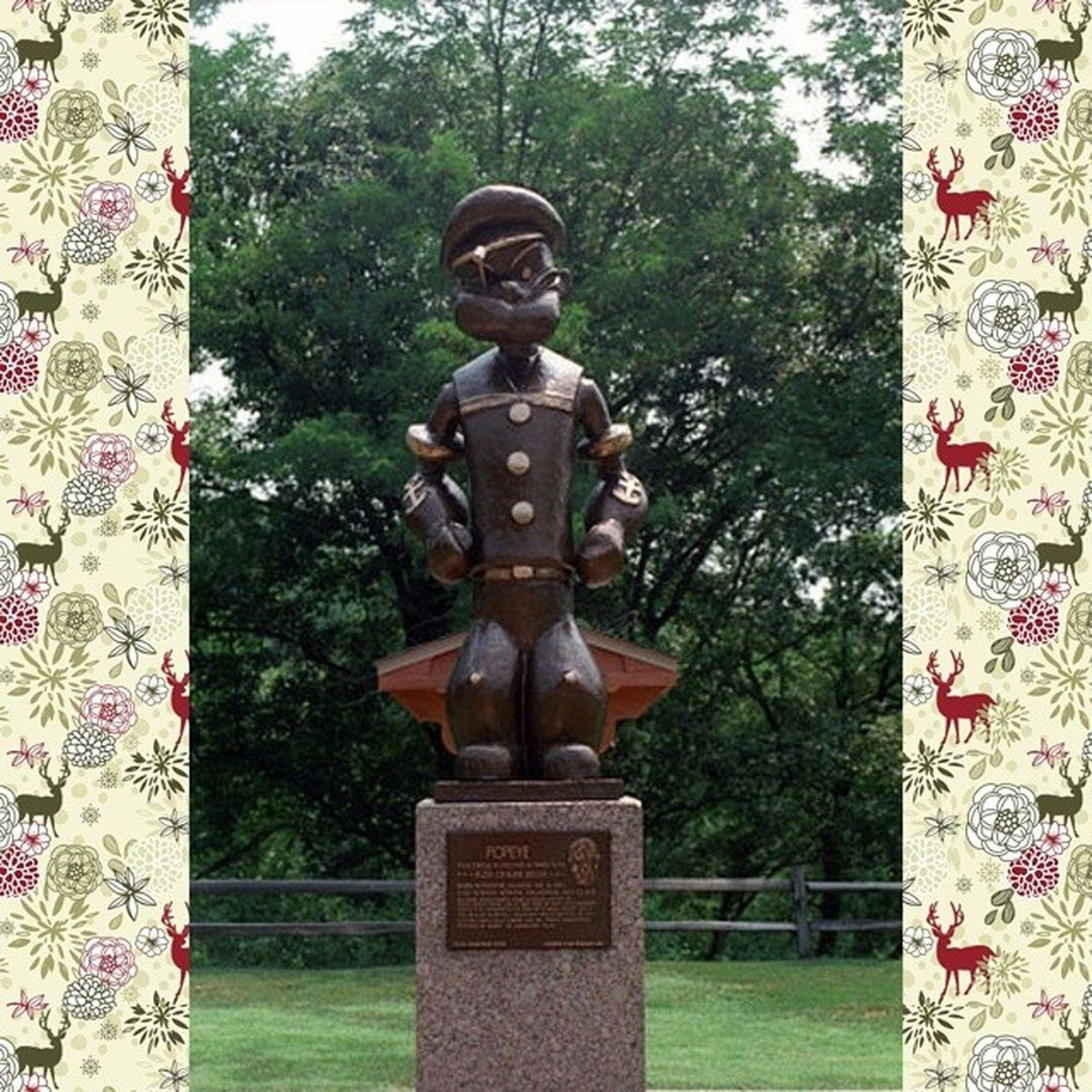 Статуя Попаю в Честере, Иллинойс, США Попай моряк Popeye Sculpture памятник