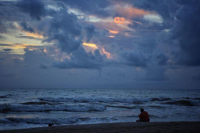 Cloudy sunrise Sunrise And Clouds Sunrise_Collection Melbourne Beach, FL Storm Clouds Beach Oceanscape Cloud - Sky Pink Sunrise Horizon Over Water Idyllic Silhoutte