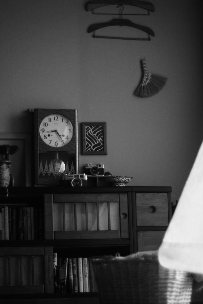 オールドレンズ Black And White Monochrome Oldlens Japan Photography EyeEm Bnw モノクロ ボンボン時計