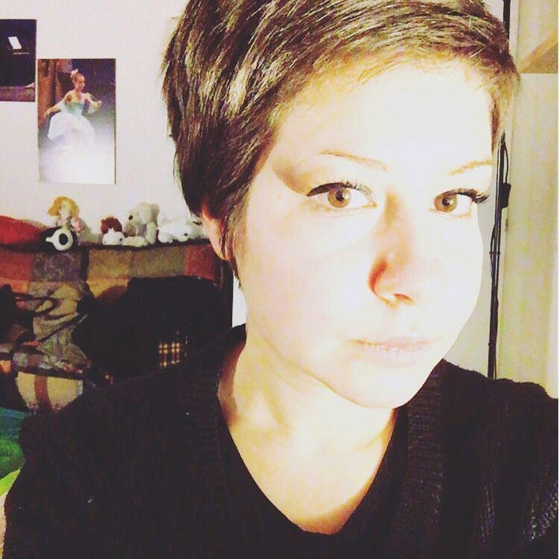 Selfie ✌ Athome  Me #girl #blond #lovely Loveandpeace