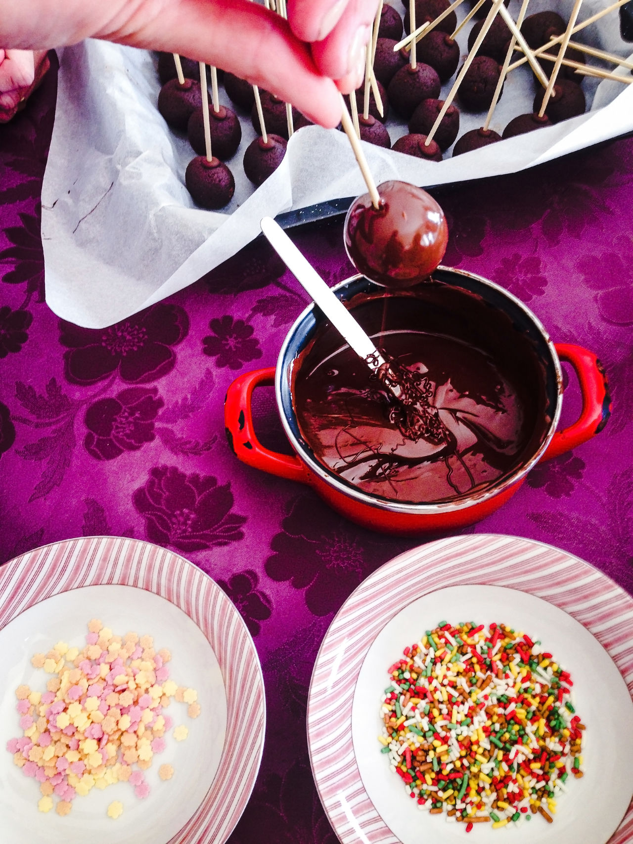 Woman making delicious choclate cakepops Bowl Cake Cakepop Cakepops Chocolate Dessert Food Food And Drink Indoors  Making Melted Pastry Plate Popcake Preparation  Sprinkles Sugar Sweet Food Table Top Perspective Variation Woman