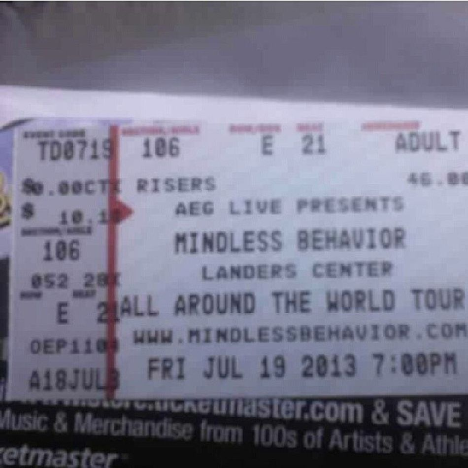 When I first went to my AATW  concert