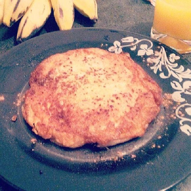 Pós treino delicioso...omele de claras com banana e canela. Frito no óleo de coco. Adoro Projetobefit Fitness Definir dieta treino projetoerikaalk magraparasempreecomsaúde