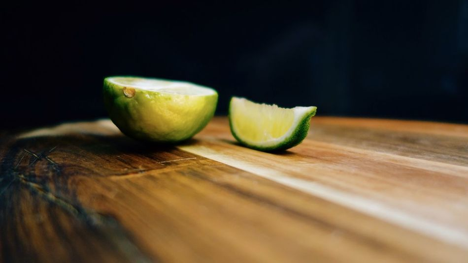 Lime Chopping Board Green Fruit Bar Cocktail Bitter Wood Food Chopped SLICE Slice Of Lime Eat Low Angle View Food Photography Depth Of Field