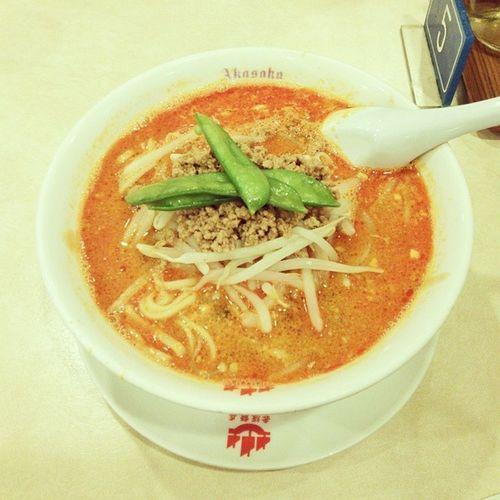 久しぶりの赤坂飯店!担々麺、小籠包、餃子、すべて美味しゅうございました♪ 赤坂飯店 担々麺 麺 中華麺 中華料理 中国料理 noodles chinesecuisine chinesefood chinesenoodles