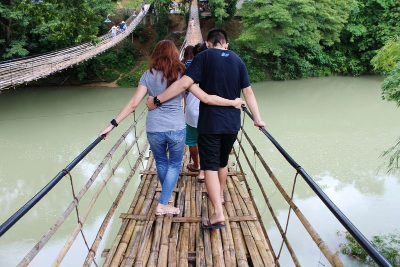 Snap A Stranger Togetherness Two People Love Full Length Young Women Connection Bonding Young Adult Water Adults Only Bridge - Man Made Structure People Happiness Leisure Activity Women Adult Outdoors Wife Vacations Day Lovers Couple Relationship Goals
