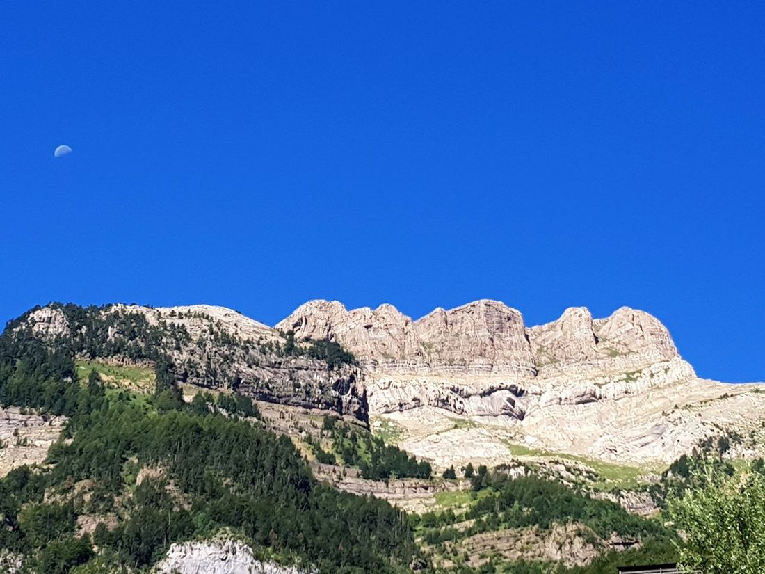 Canfranc Pirineos, Francia Landscape Beauty In Nature Forest Tree Somport Day Pyrinees Montagna Nature Photography Moon