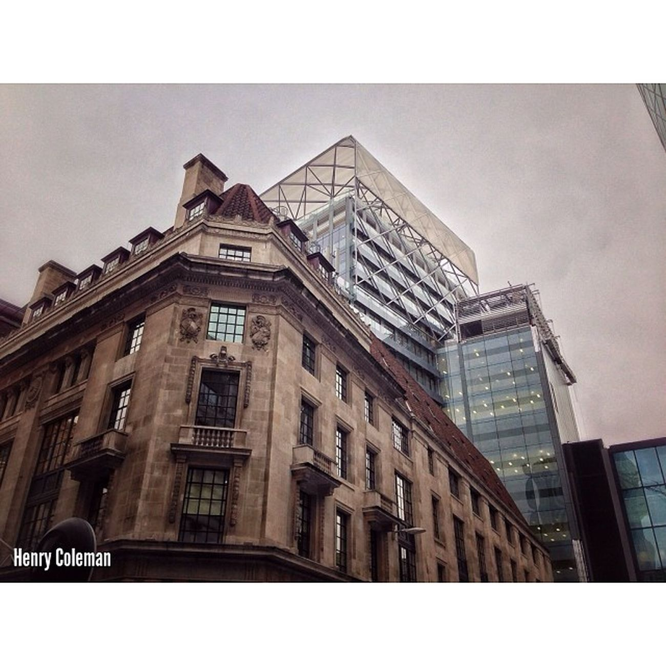 My final 5shotchallenge 5/5 The Baltic Exchange next to the World famous Gherkin! I chose this perspective as you can see some beautiful lines and it looks like the Glass building is Nestled on top of the old building, producing and interesting mix. Udog_peopleandplaces Lovelondon London London_only Londonpop London_only_members Igerslondon Ig_london Ig_england Ig_europe Guesstination Streetshot_london Internationalgrammers The_photographers_emporium Rising_masters Icu_britain Streetshot_london Splendid_editz 16x9 Architecture Building Blueprint