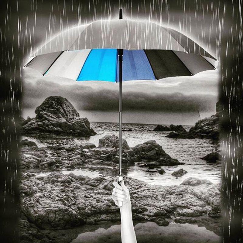 I si es decidis a ploure?? Bona nit 🌃 ViuLloret Viulacostabrava Incostabrava Lloretdemar Gaudeix_cat Ig_catalonia Loves_catalunya