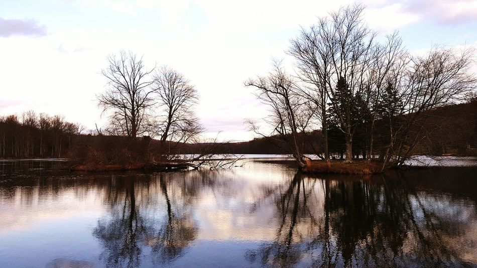 Quiet reflections. Fall Adventure Hike Heart Trail The Way Forward Leisure Activity Outdoors Lifestyles Mountainvibes Day Overcast Water Pennsylvania